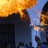 Desfile de la Serpiente, en la edición 33 del Festival del Caribe o Fiesta del Fuego, en la ciudad de Santiago de Cuba, el 5 de julio de 2013. AIN FOTO/Miguel RUBIERA JÚSTIZ/sdl